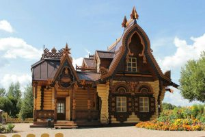 """Old-Russian House"" development company: build a Russian-style house of your dreams!"