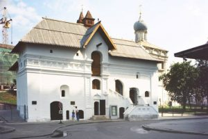 Russian secular buildings of XVI-XVII centuries: The Boyar Chambers